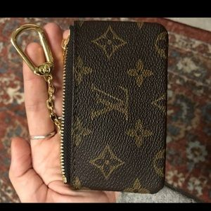 Louis Vition keychain pouch